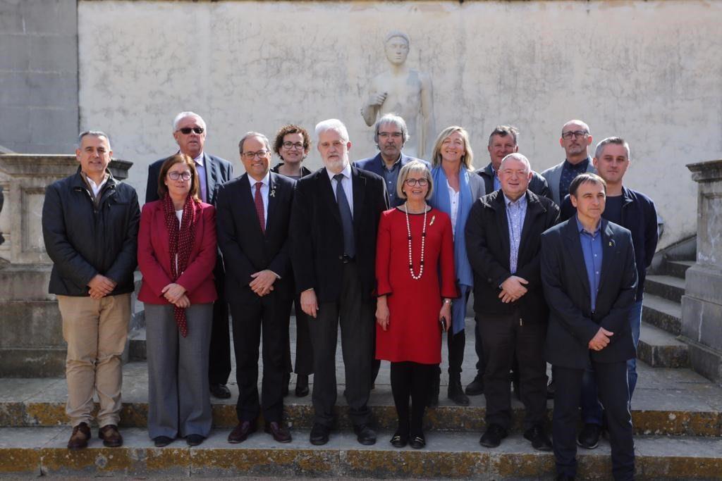 Los alcaldes y las alcaldesas del Baix Penedès y la presidenta del Consell Comarcal del Baix Penedès con el  M.H. Sr. presidente de la Generalitat de Catalunya, Joaquim Torra