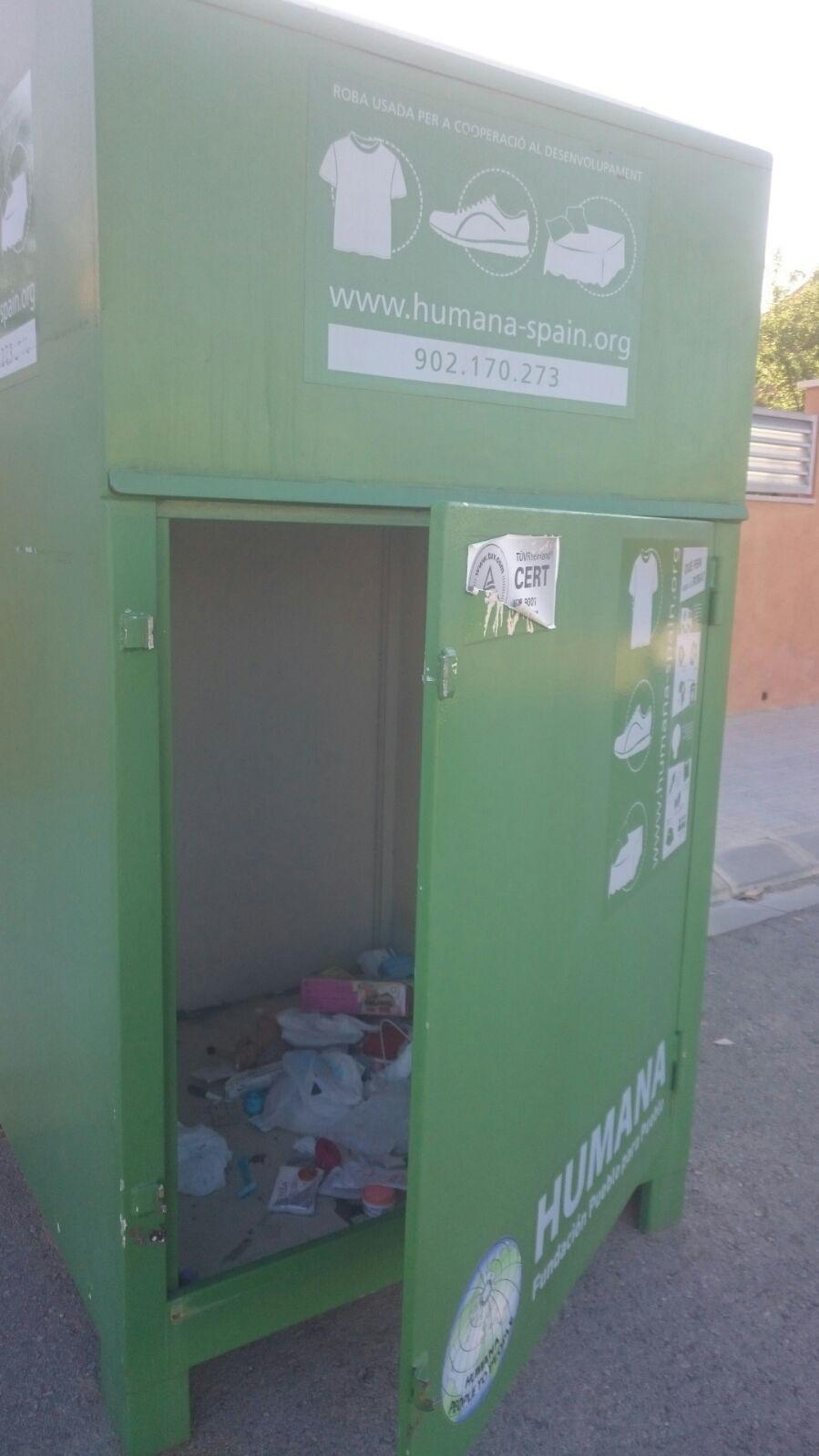 Informació sobre els contenidors de roba usada de l'ONG Humana