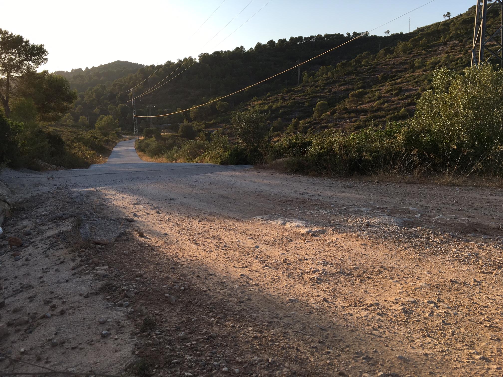 La Regidoria de Medi Ambient pavimentarà aquest estiu el camí d'accés a Santa Cristina