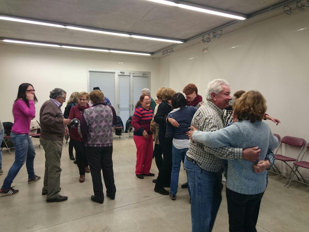 La Regidoria de la Gent Gran tira endavant un ampli programa d'activitats amb la finalitat d'enfortir la salut física i emocional dels majors de 65 anys