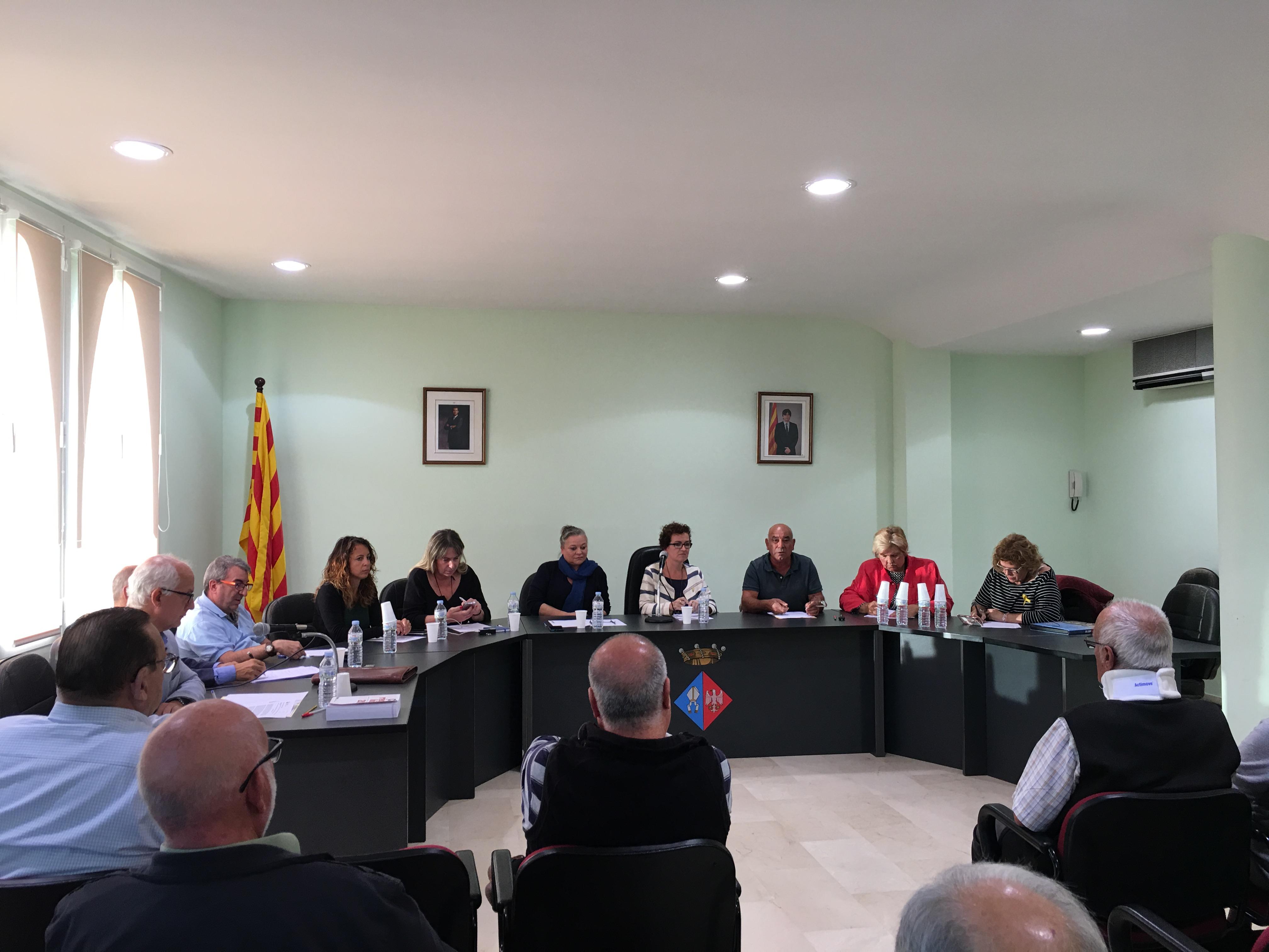 Acords del ple extraordinari celebrat el 25 d'octubre de 2017