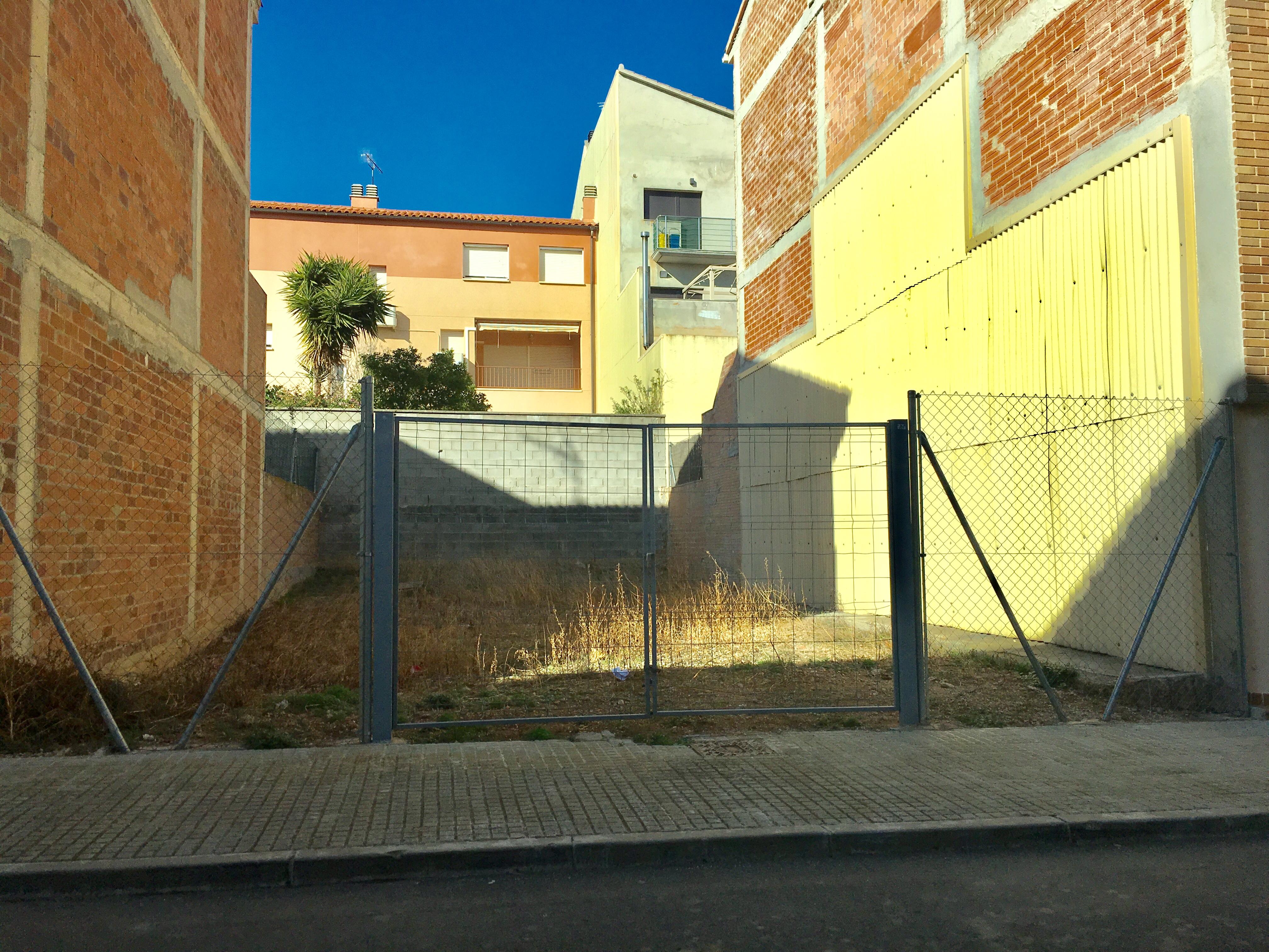 L'Ajuntament de la Bisbal ha creat una subvenció per a la rehabilitació i neteja de façanes i per al tancament de solars