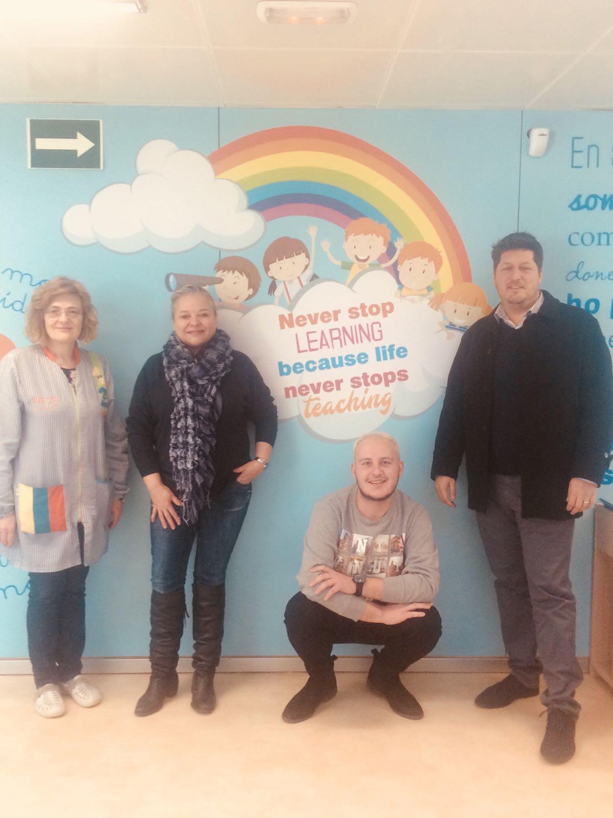 Els alumnes de la Llar d'Infants Municipal s'introdueixen en la llengua anglesa