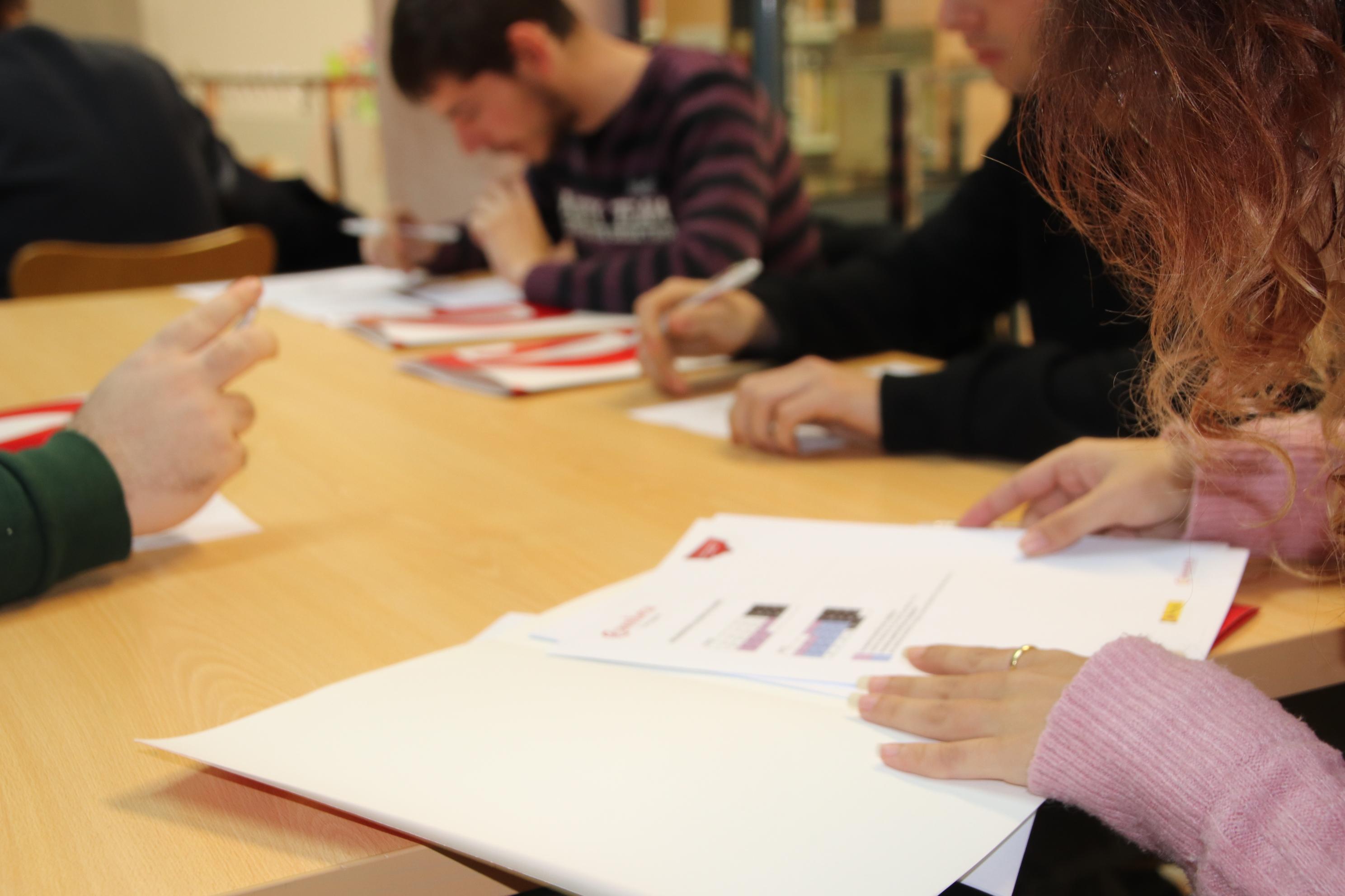 S'aprova el conveni amb la Cambra de Comerç per oferir cursos per a aturats a la Bisbal