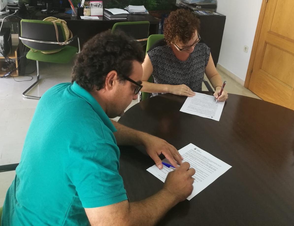 L'Ajuntament de la Bisbal ha signat un conveni de col·laboració amb la Joventut Bisbalenca CF