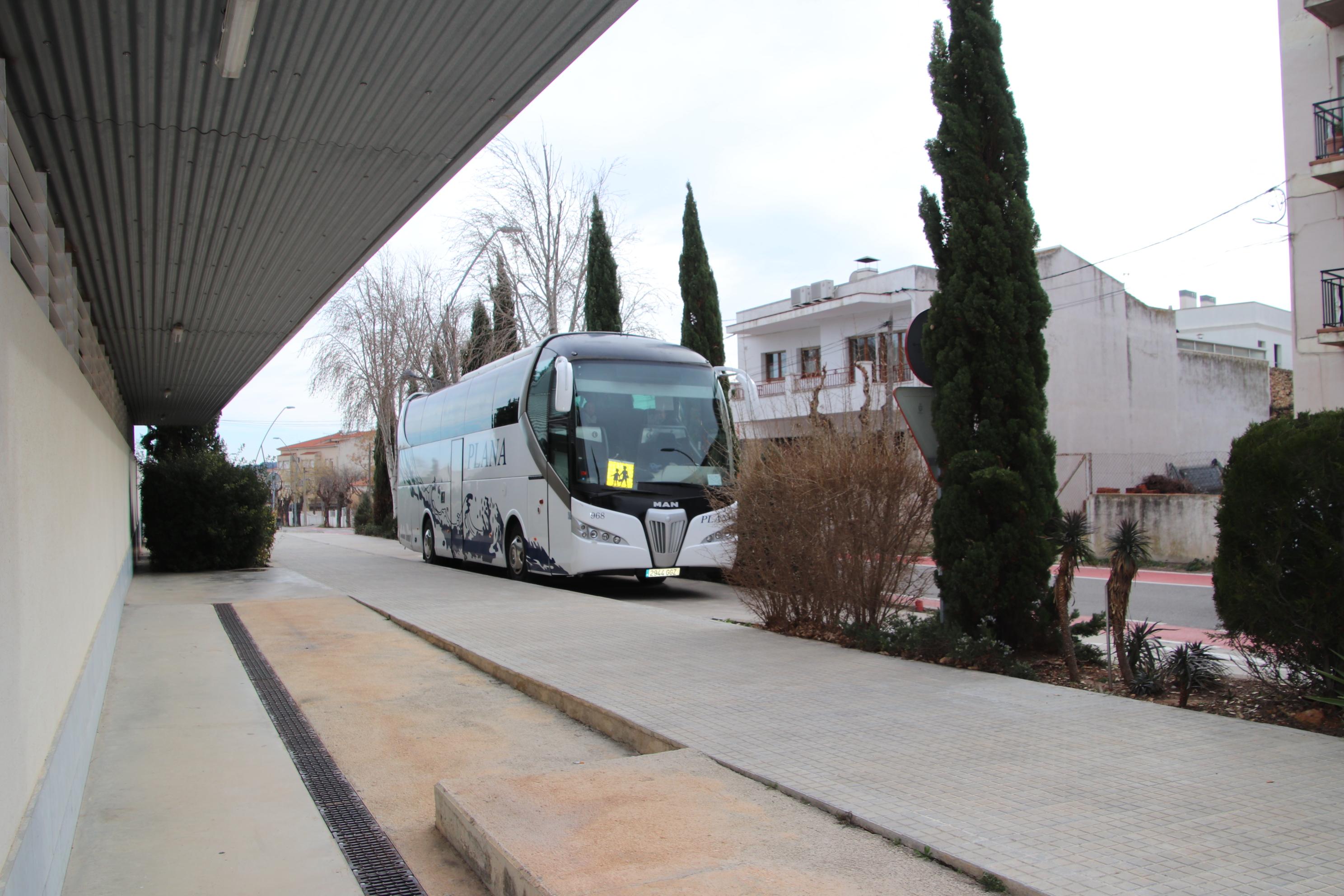 Convocatòria d'ajuts per al menjador escolar i sol·licitud per al transport escolar del Consell Comarcal del Baix Penedès