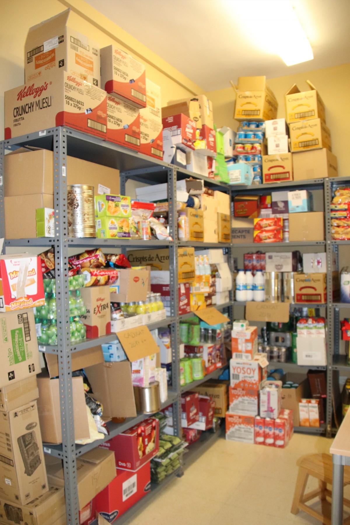 Comunicat – L'equip de govern denuncia que al local del Banc d'Aliments hi havia més de 2.000 kg d'aliments caducats