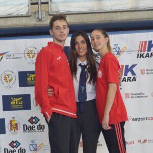 David Ruiz i Gloria Ruiz amb l'entrenadora Irene Calvo