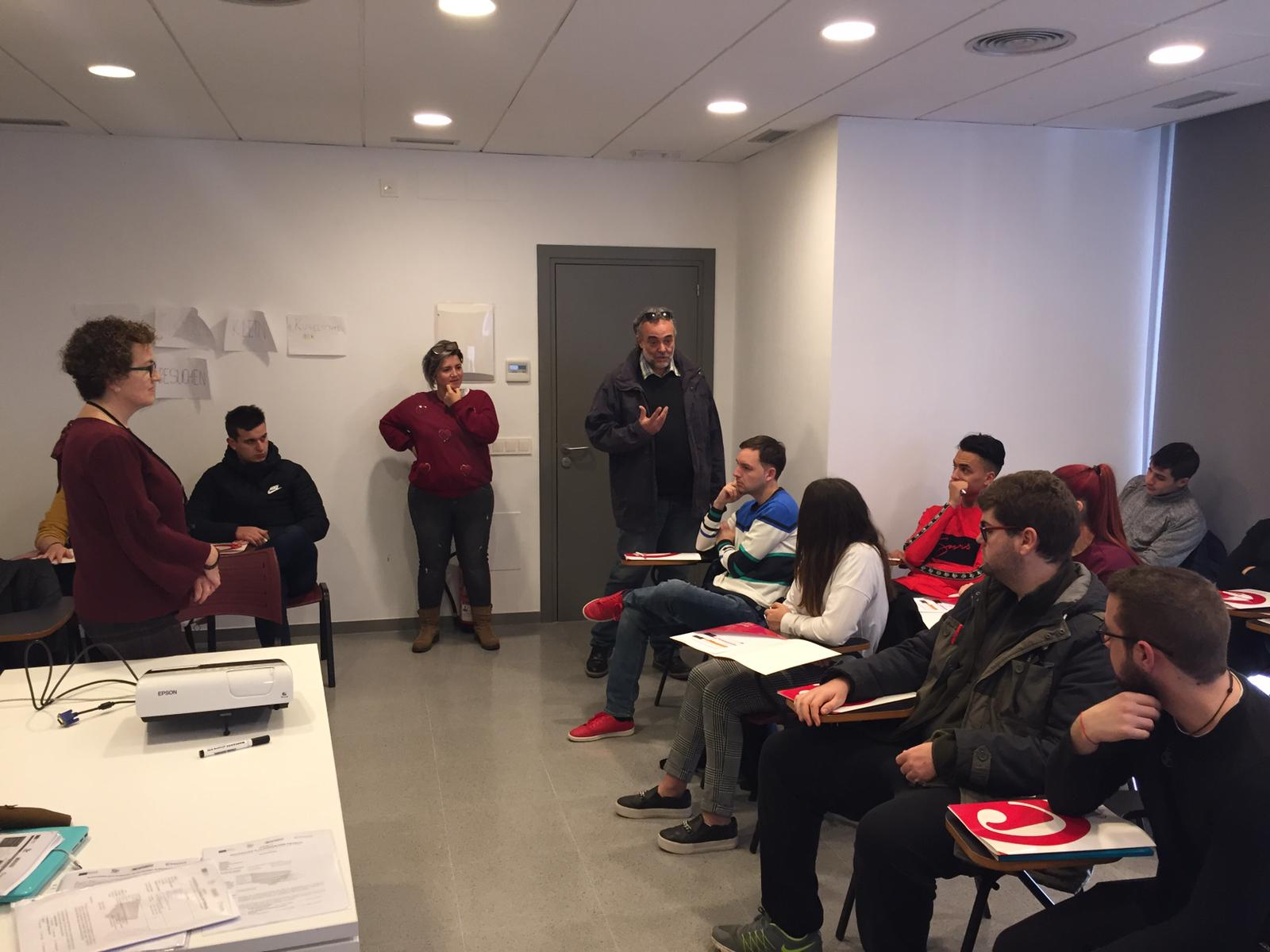 Aquest dilluns ha començat una formació adreçada a usuaris del PICE i del programa Integra'ls adequada als llocs de treball d'una empresa bisbalenca