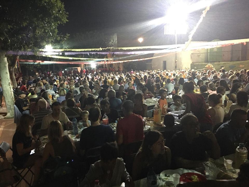 El dissabte 17 d'agost tindrà lloc el sopar popular de Festa Major que organitza el Ball de Diables de la Bisbal