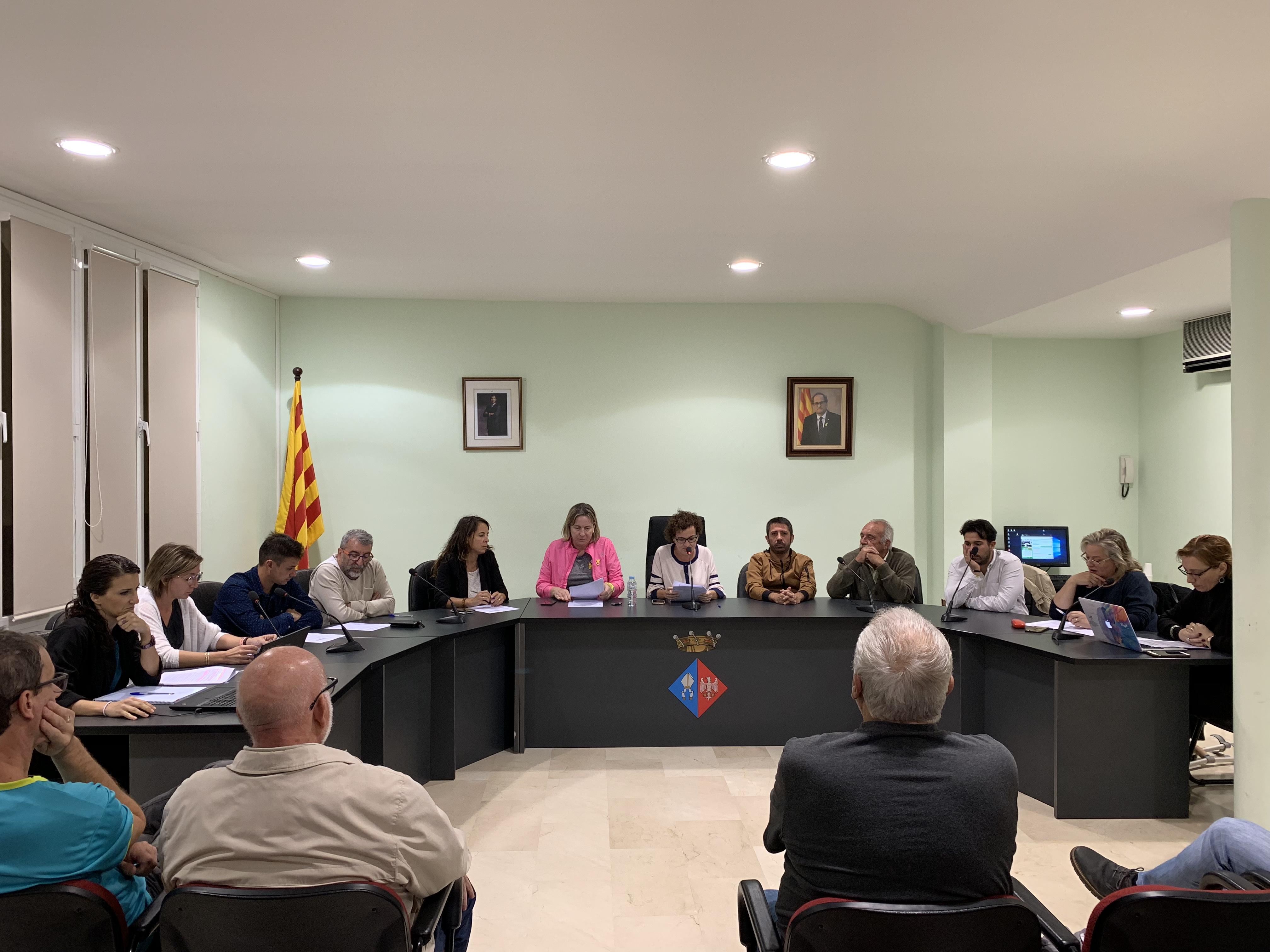 Aquest dimecres 16 d'octubre de 2019 s'ha celebrat un Ple extraordinari i urgent a l'Ajuntament de la Bisbal del Penedès