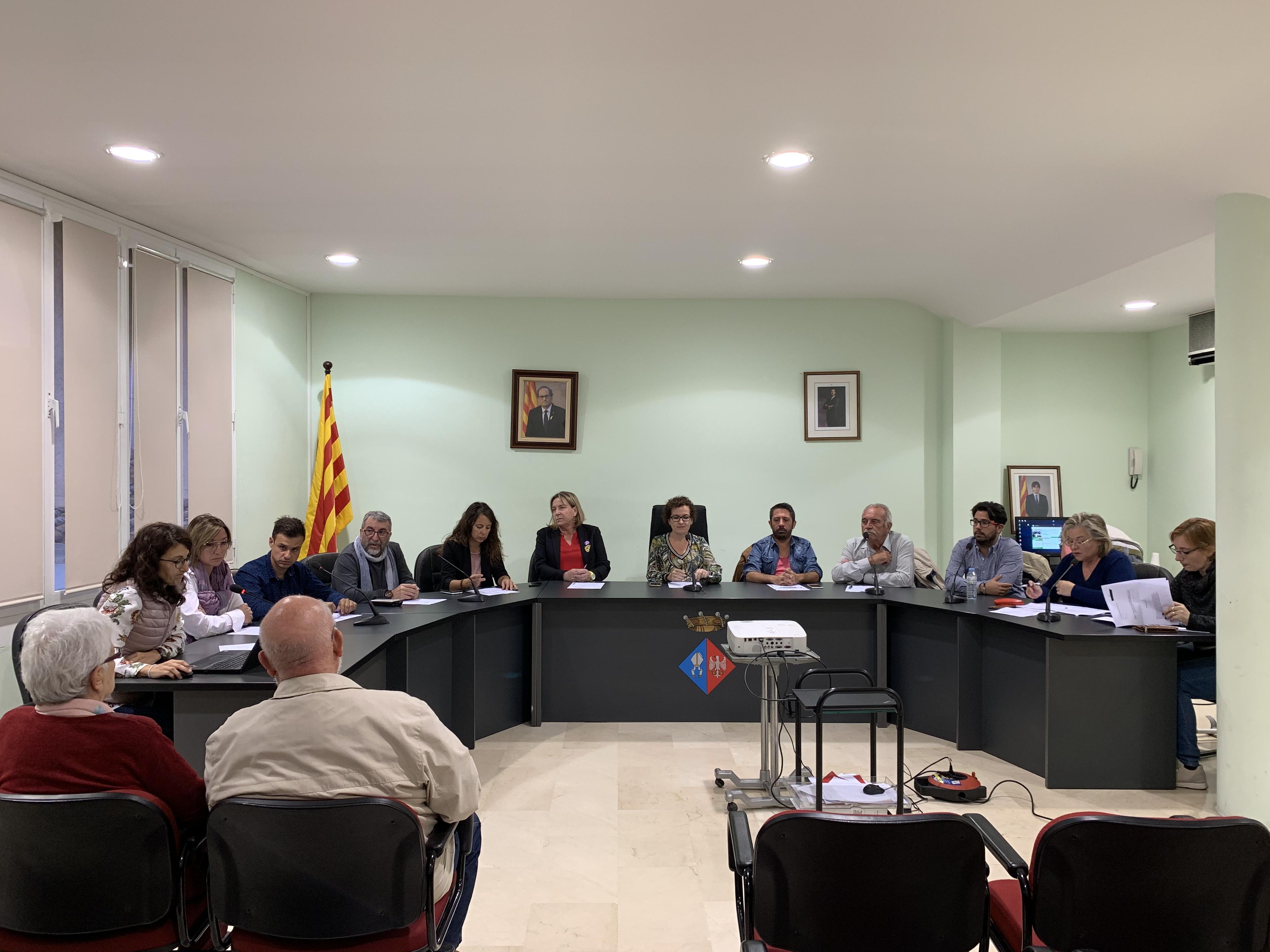 Aquest dilluns 21 d'octubre s'ha celebrat un Ple extraordinari a l'Ajuntament de la Bisbal del Penedès