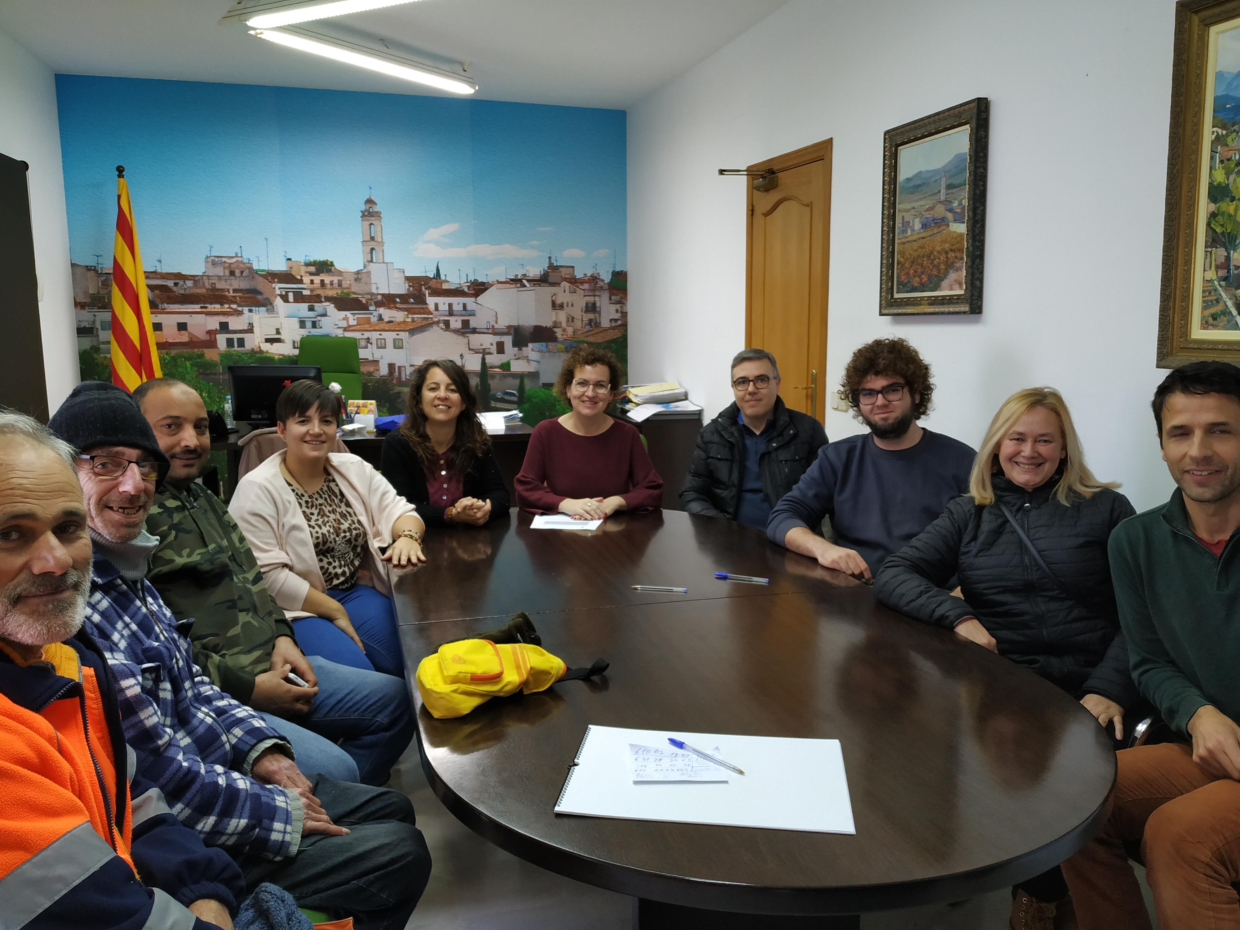 L'Ajuntament ha incorporat cinc persones aturades a la brigada municipal