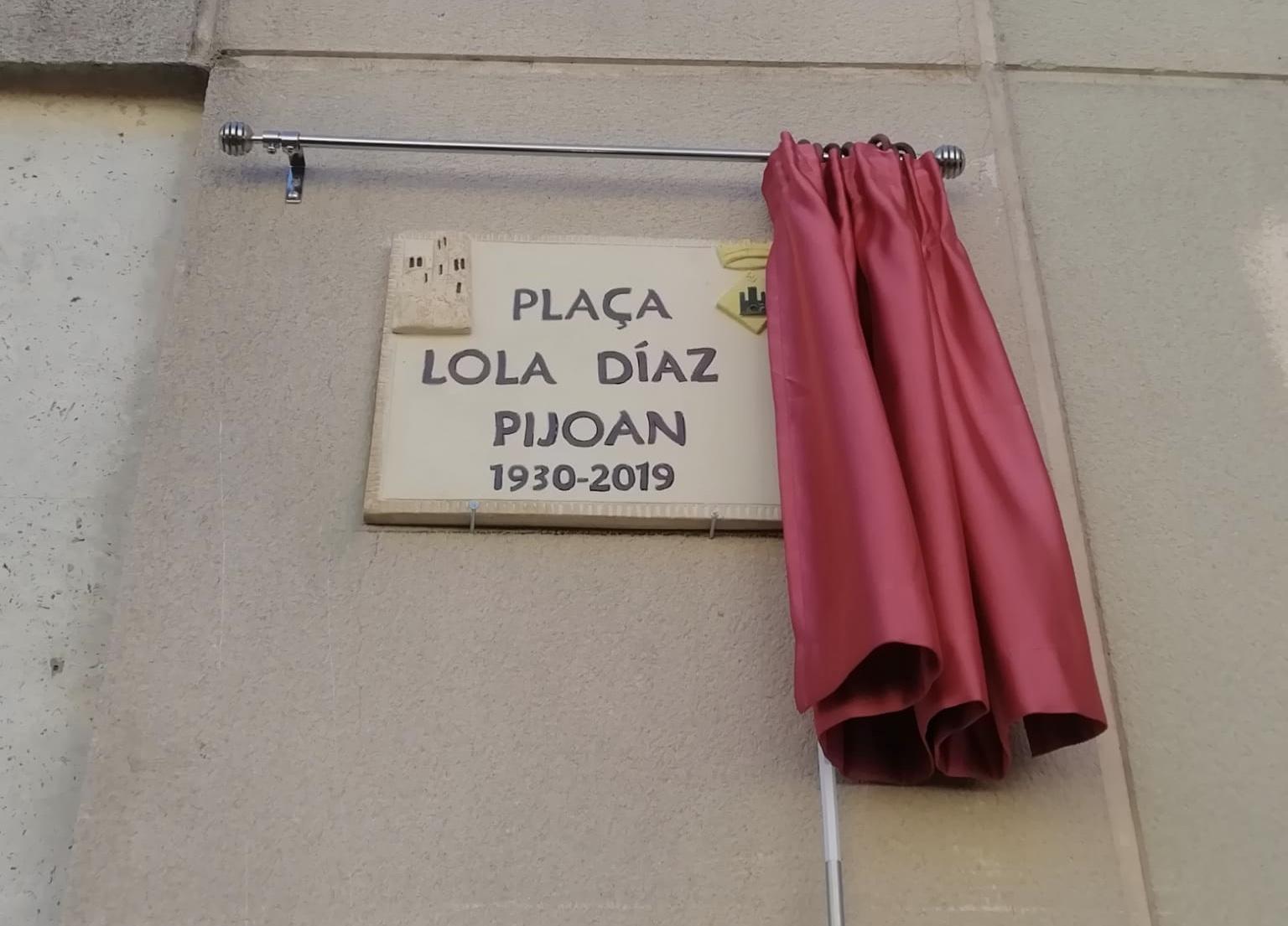 La regidora de Cultura ha assistit a l'homenatge i inauguració de la plaça Lola Díaz i Pijoan de Santa Oliva