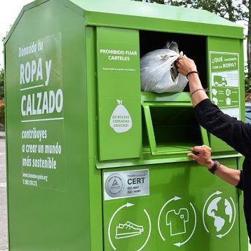 Ja es pot tornar a portar roba usada als contenidors d'Humana
