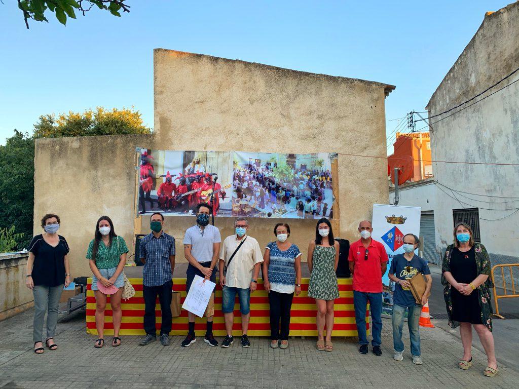 Foto general_ premiats-jurat-alcaldessa-regidora de cultura i fill de la Felicidad