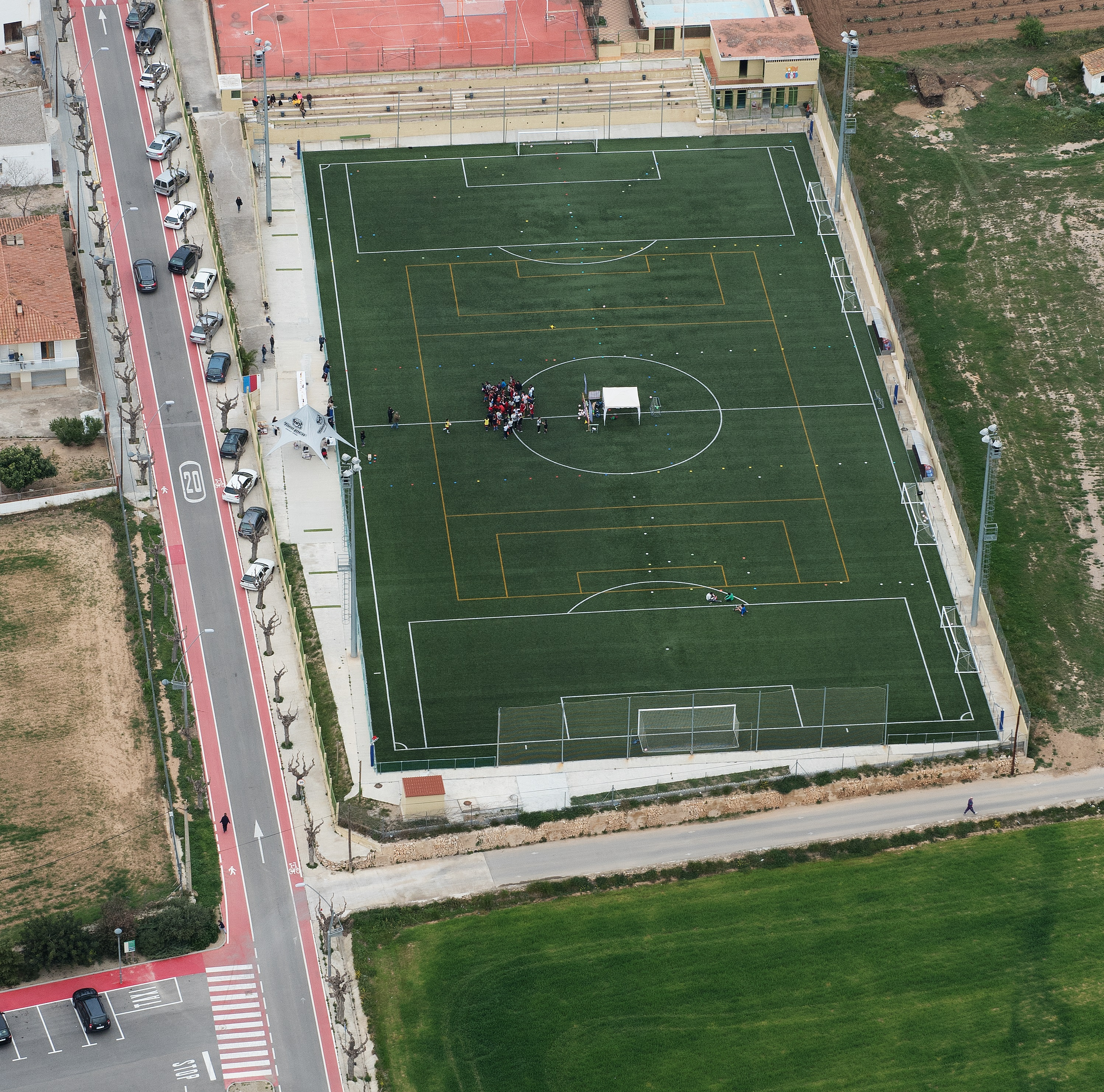 Se signa el Decret d'adjudicació del contracte del servei de consergeria del camp de futbol municipal