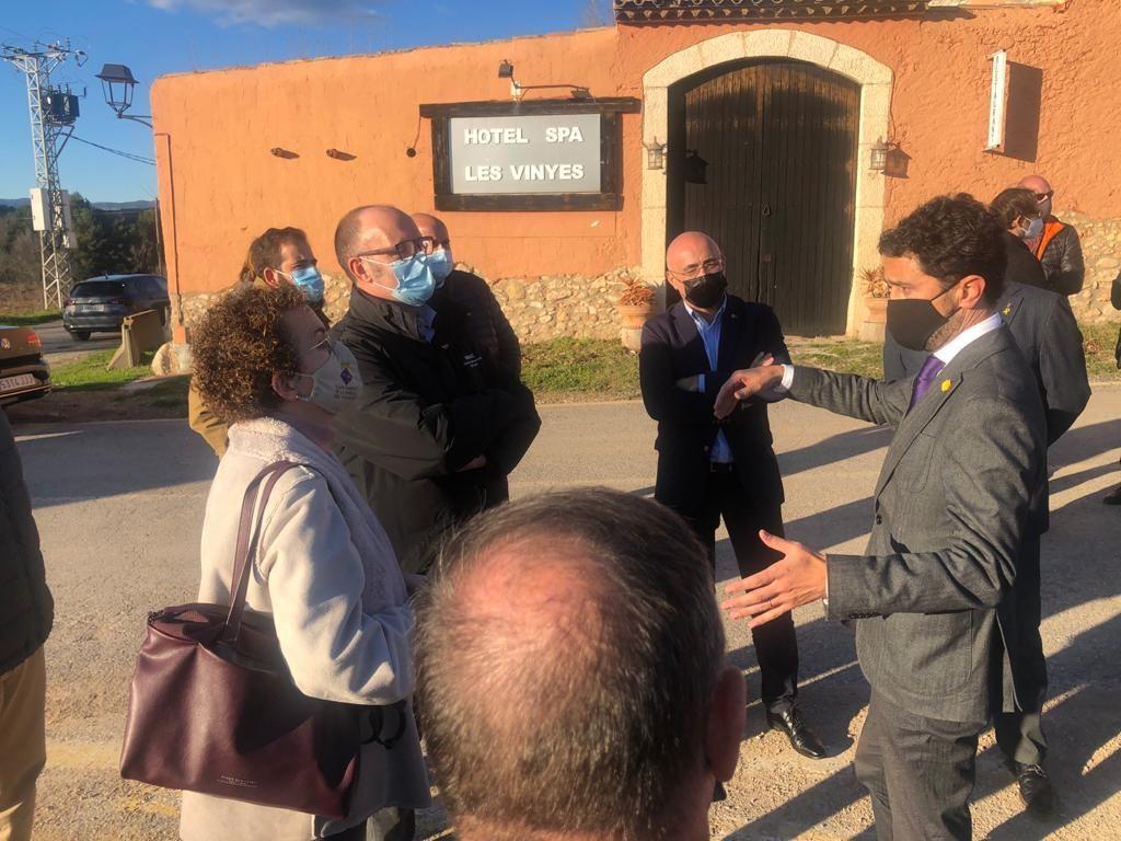 L'alcaldessa i la primera tinenta d'alcaldia han visitat les obres de la C-51 junt amb el conseller de Territori i Sostenibilitat i els alcaldes dels municipis per on passa la via