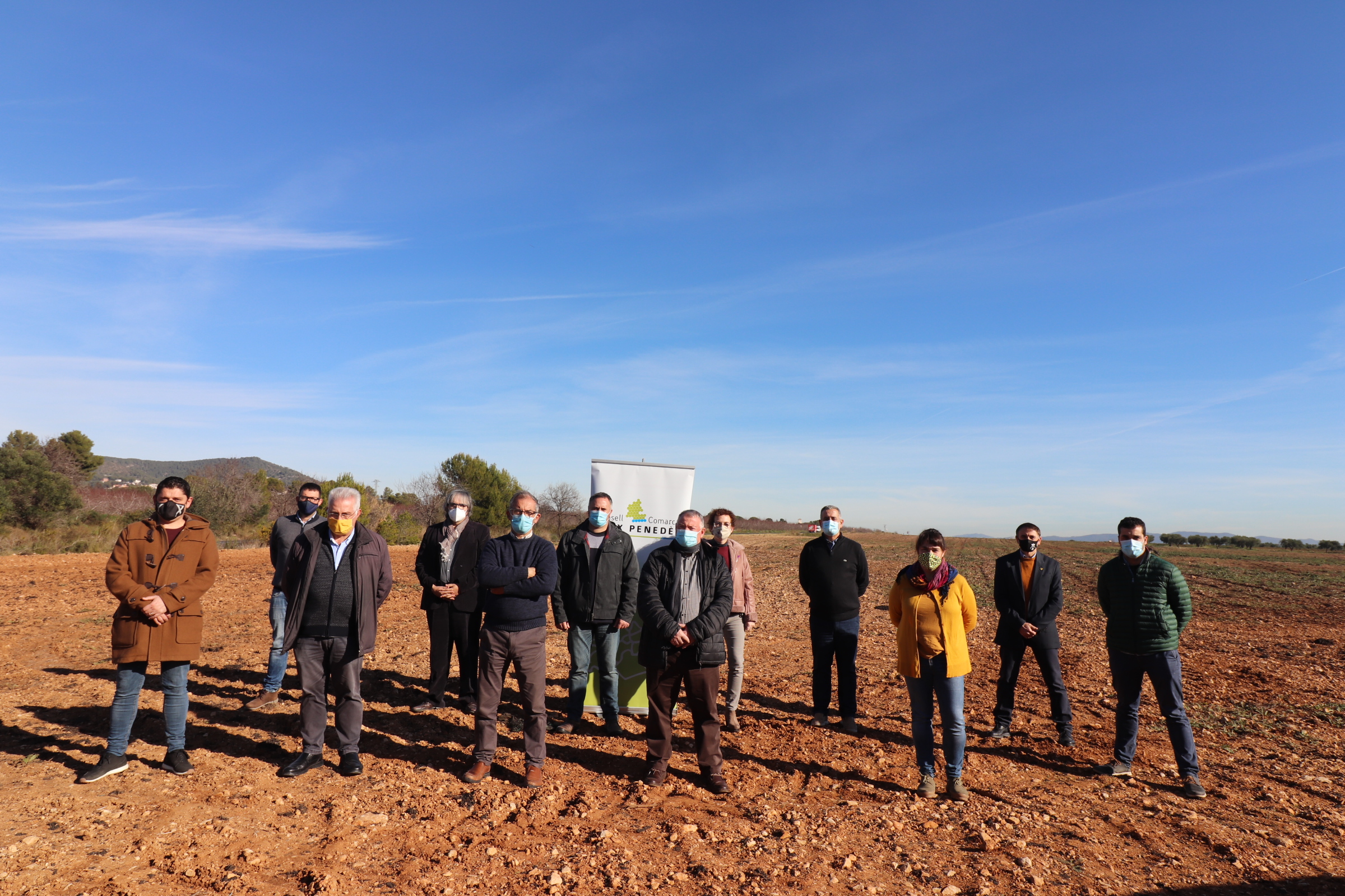 Els alcaldes i alcaldesses del Baix Penedès fan un front comú perquè la instal·lació de parcs fotovoltaics estigui consensuada amb el territori