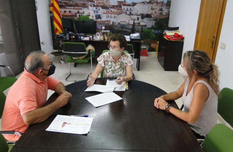 La Societat Cultural i Recreativa Bisbalenca i l'Ajuntament signen un conveni per a l'any 2021